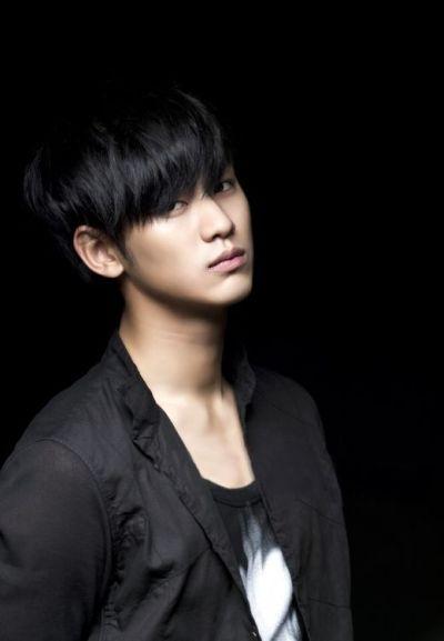 Foto keren Kim Soo-hyun 16