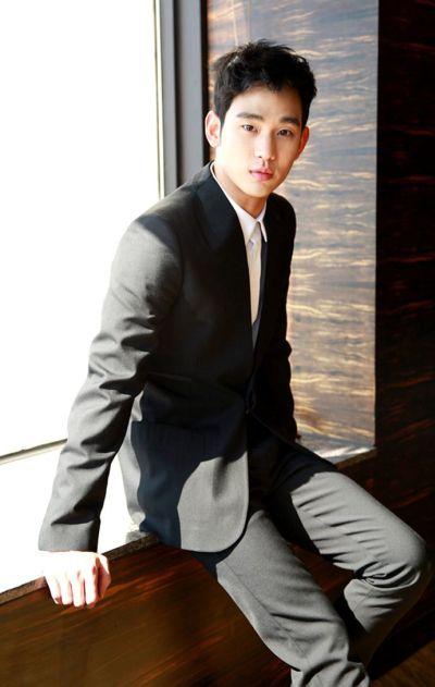Foto keren Kim Soo-hyun 74