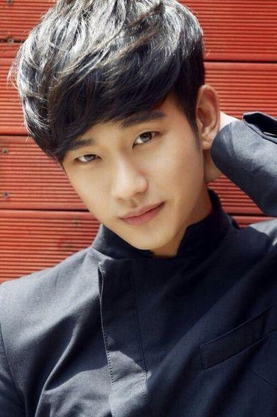 Foto keren Kim Soo-hyun 9