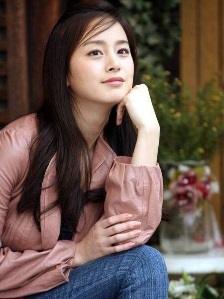 Foto Kim Tae Hee Kecantikan Alami Korea 1