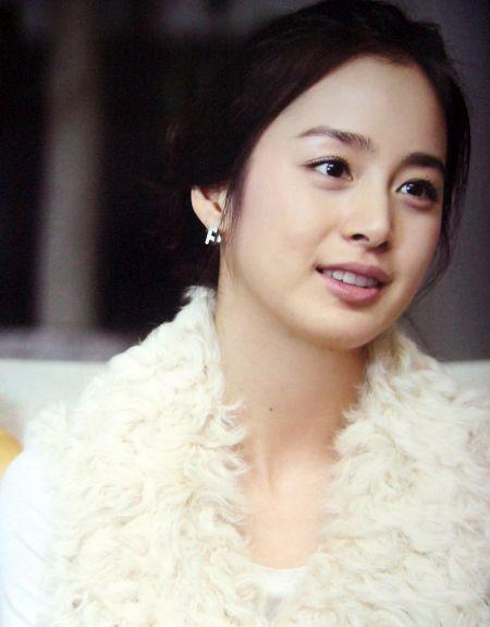 Foto Kim Tae Hee Kecantikan Alami Korea 10