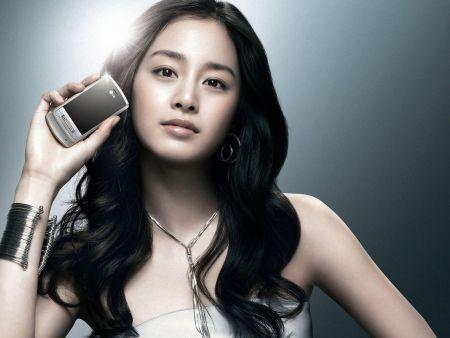 Foto Kim Tae Hee Kecantikan Alami Korea 31