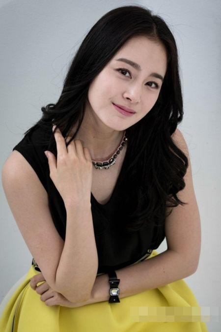 Foto Kim Tae Hee Kecantikan Alami Korea 32