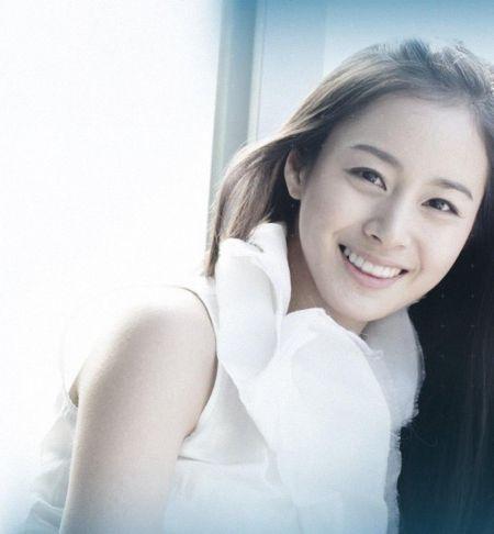 Foto Kim Tae Hee Kecantikan Alami Korea 4