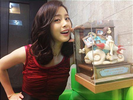 Foto Kim Tae Hee Kecantikan Alami Korea 41