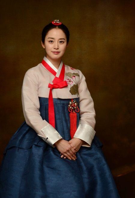 Foto Kim Tae Hee Kecantikan Alami Korea 44