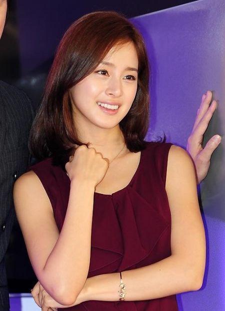 Foto Kim Tae Hee Kecantikan Alami Korea 47