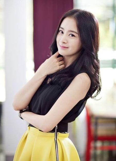 Foto Kim Tae Hee Kecantikan Alami Korea 48