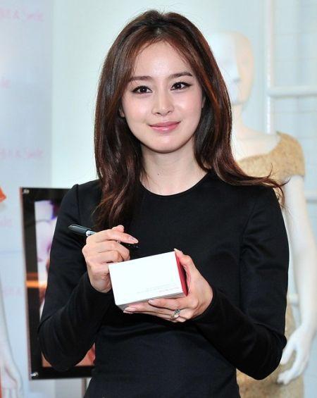 Foto Kim Tae Hee Kecantikan Alami Korea 49