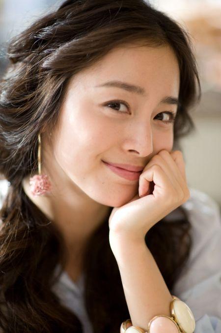 Foto Kim Tae Hee Kecantikan Alami Korea 6