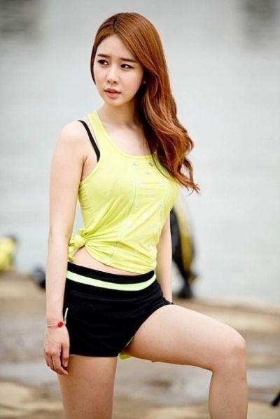 Galeri Foto Cantik Yoo In-na 8