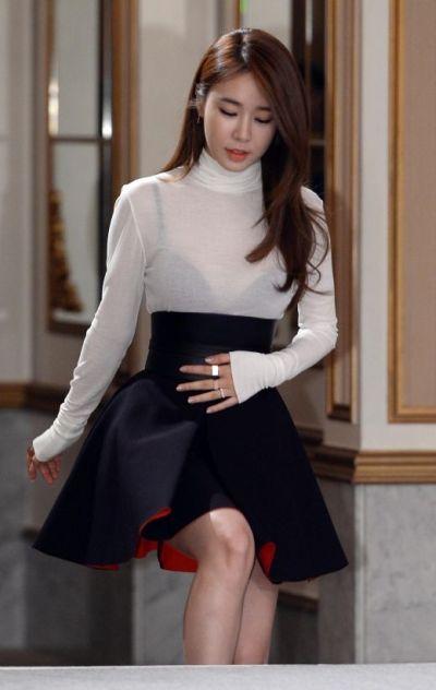 Galeri Foto Cantik Yoo In-na 9