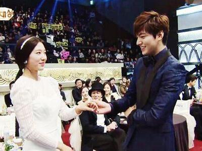 Kemesraan dan Keakraban Park Shin Hye Lee dan Min Ho 19