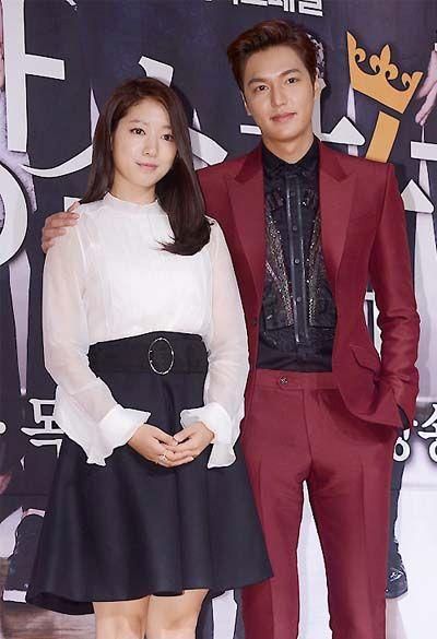 Kemesraan dan Keakraban Park Shin Hye Lee dan Min Ho 8
