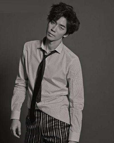 Kumpulan Foto Aktor Korea Shin Shung-rok 10