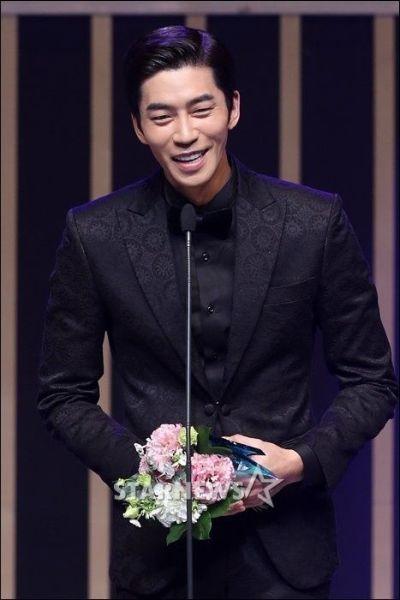 Kumpulan Foto Aktor Korea Shin Shung-rok 2