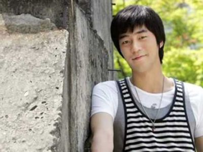 Kumpulan Foto Aktor Korea Shin Shung-rok 21