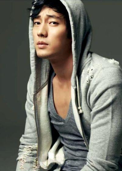 Foto Aktor Ganteng Korea So Ji-sub 10