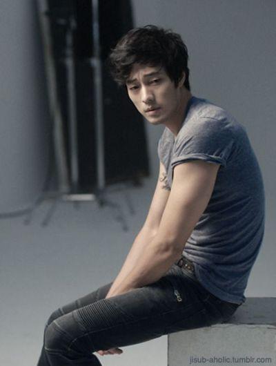 Foto Aktor Ganteng Korea So Ji-sub 18