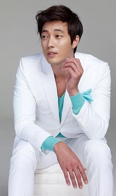 Foto Aktor Ganteng Korea So Ji-sub 2