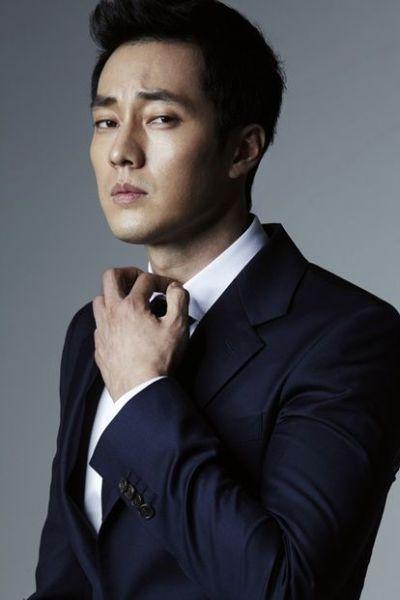 Foto Aktor Ganteng Korea So Ji-sub 20