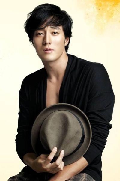 Foto Aktor Ganteng Korea So Ji-sub 3
