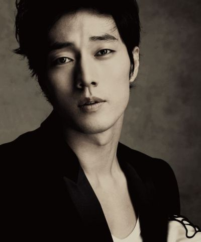 Foto Aktor Ganteng Korea So Ji-sub 5
