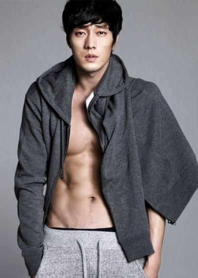 Foto Aktor Ganteng Korea So Ji-sub 7