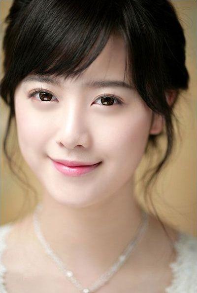 Foto Cantik Aktris Korea Ku Hye Sun 4
