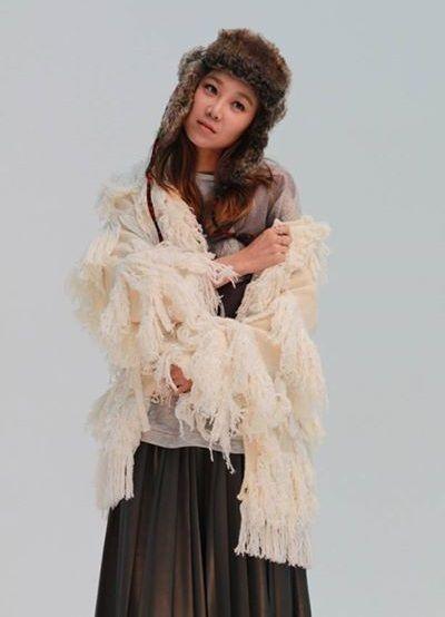 Foto Gong Hyo Jin si Pretty Girl 26