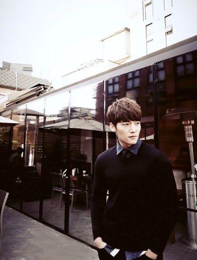 Foto Keren Choi Jin Hyuk 12