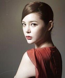 Foto Park Si-yeon