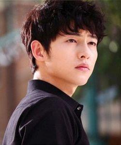 Foto Song Joong-ki